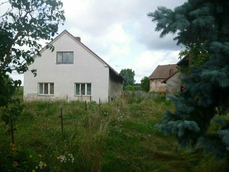 Podíl na rodinném domě v obci  Jedousov, okr.