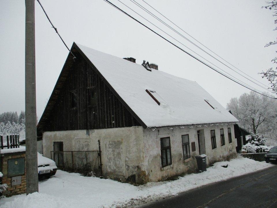 Dražba rekreační chalupy včetně pozemků o vel. id
