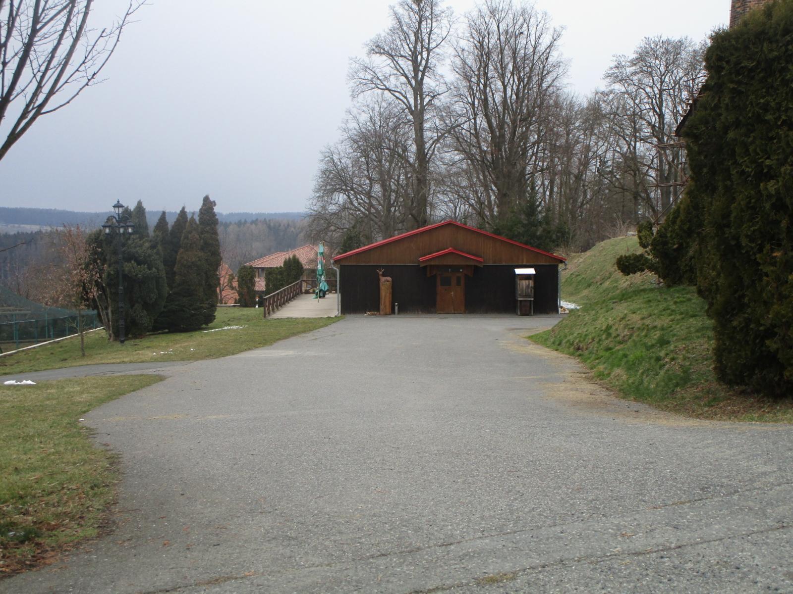 Myslivecká chata - obec Zbraslavice (okres Kutná