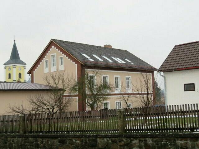 rodinný dům s pozemky v obci Bělá nad Radbuzou,