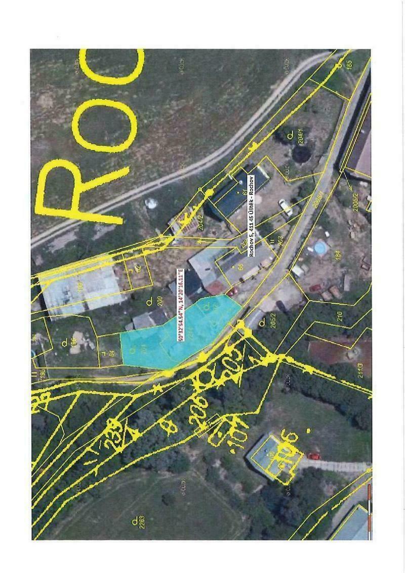 podíl 2/8 pozemků v k.ú. Rochov u Tetčiněvsi,