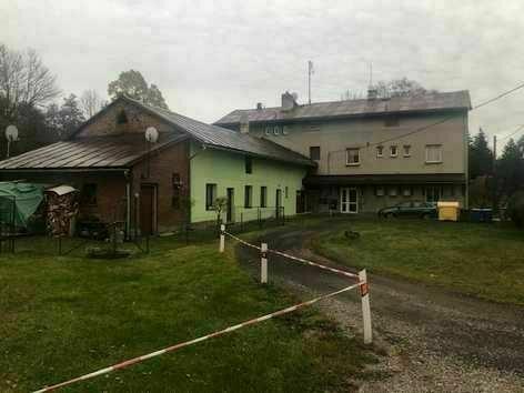 Dražba pozemku (884 m2) - podíl 1/8, okr. Trutnov