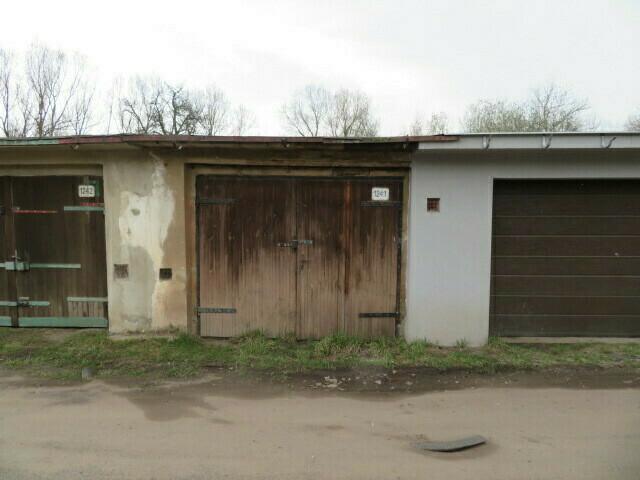garáž s pozemkem v obci Bílina, okres Teplice