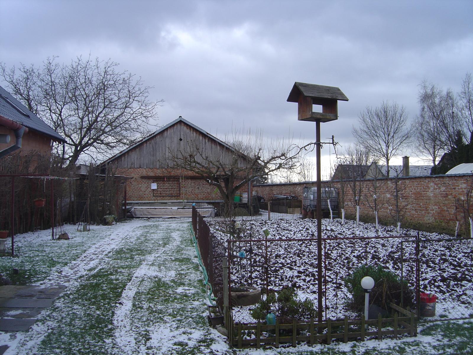 Zemědělský pozemek v Hnojicích