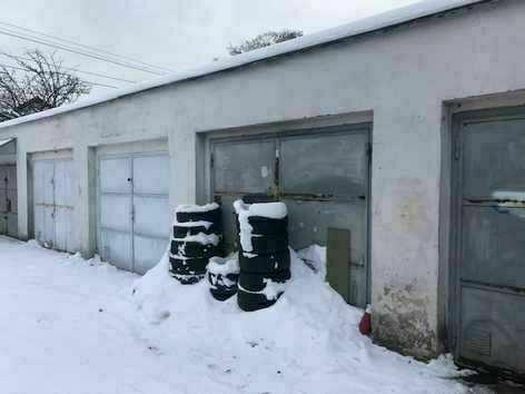 Dražba garáže s pozemkem a příslušenstvím - podíl