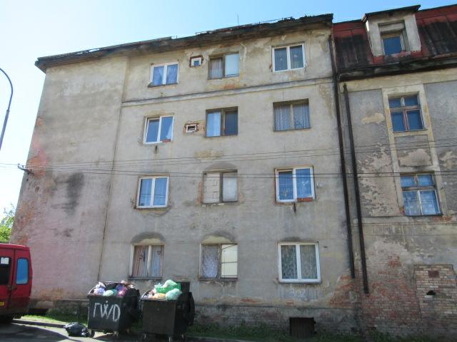 byt 1+0 umístěný ve 3. NP bytového domu v Dolním