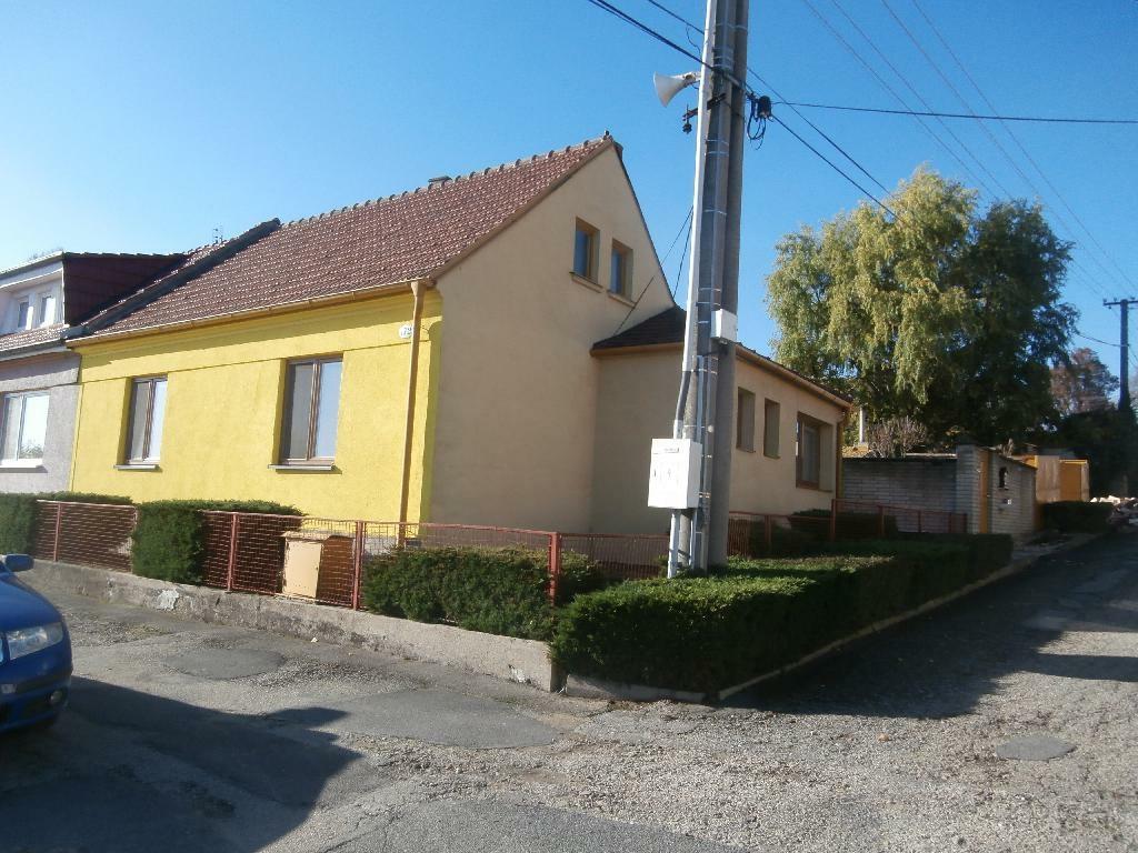 1/4 rodinného domu v obci Lukovany, okres Brno-