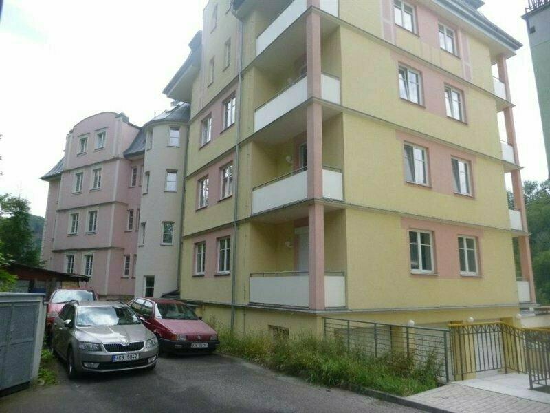 Byt 4+1 v Karlových Varech